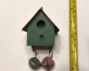 wood and red metal roof small / tiny Bird house (A5)