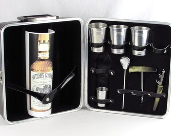 Vintage Travel Bar - Durable Royalite by Ever Ware of Chicago - State of the Art - Mad Men Portable Personal Vintage Bar