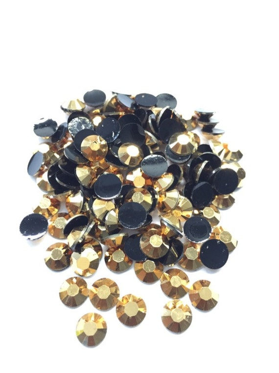 Metallic Aurum Gold Flat Back Round Resin Rhinestones Embellishment Gems C57