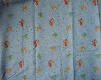"""vintage 1970s cotton fabric blue floral 45"""" wide quilting"""