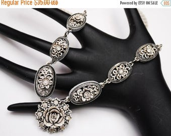 Celluloid Flower Necklace -Rhinestone - Bubblite featherlite - vintage plastic - White black -carved floral celluloid