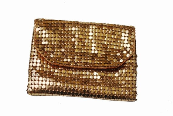 Gold Mesh Change Purse - small Gold metal clutch - Whiting and  Davis Style - coin pouch