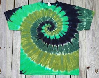 Plus Size Green Tie Dye Shirt, XXL 3XL 4XL 5XL 6XL,  Adult Tie Dye Tshirt,  St Patrick's Day