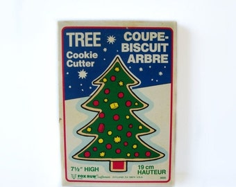 Vintage Christmas Tree Cookie Cutter with original box LARGE