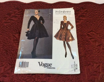 Vogue Yves Saint Laurent Dress Pattern, Vogue Paris Original, Vogue 1016, Size 6 8 10, Cut and Complete