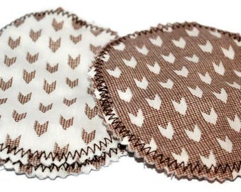 GEO ARROW- Breast Pads- 2x Pair- Breastfeeding- Nursing Pads- Reusable- New baby- New Mum- Mother- Hospital Bag- Baby Essentials- Medusa