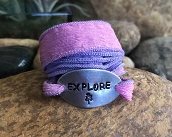 Travel the world silk wrap bracelet, traveler jewelry, graduation gifts, travel bracelet, explore jewelry, Mother's Day