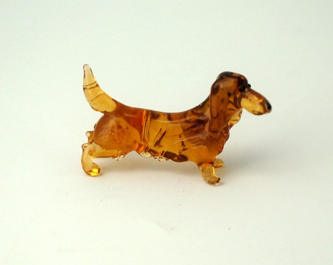 e31-10 Long Hair Dachshund