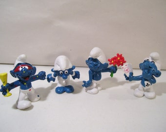 Vintage Lot of 4 The Smurfs Pvc Figures, 1979-1980, Bashful Smurf, Poker Smurf, Gymnast Smurf & Mardi Gras Smurf