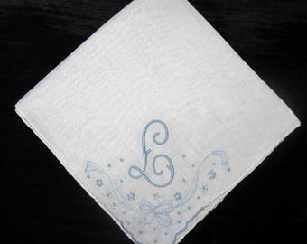 Wedding Handkerchief, Bridal Hankie Bride Hankerchief Initial E, D, L, N or M