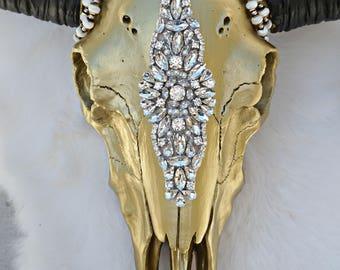 Élégance FAUX Cow Skull - cow skull - steer skull - floral skull - skull decor - home decor - boho home - faux taxidermy