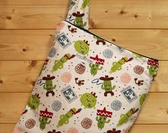 Cloth Diaper Wetbag, Cactus, FLANNEL, Diaper Pail Liner, Diaper Bag, Day Care Size, Holds 5 Diapers, Size Medium with Handle item #M116