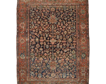 Fine Antique Room Size Persian Heriz Rug c. 1900