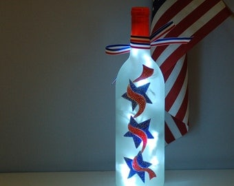 Fourth of July wine bottle light, hand painted, kitchen decor, party decor, red white blue