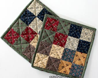 Quilted Patchwork Potholders, Mother's Day Gift, Country Potholders, Quilted Potholders, Country Trivet, Potholders Set of 2