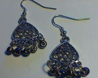 Chandelier beaded earring