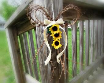 Sunflower Door Wreath, Summer Door Wreath, Sunflower Wreath, Fall Door Wreath, Sunflower Pew Bow, Sunflower Wedding Decor Rustic Party Decor