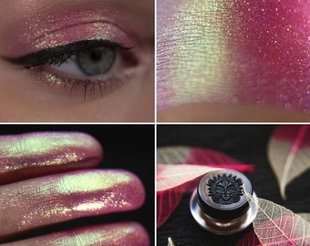 Eyeshadow: Malva Jungle Loafer - Fairy. Pink-green-blue prismatic eyeshadow by SIGIL inspired.