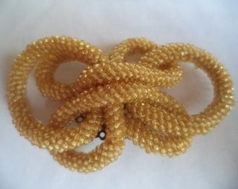 Fabulous Unsigned Vintage Goldtone Knotted Glass Brooch/Pin