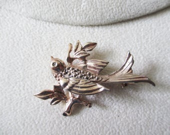 Vintage, Retro Sterling bird in flight with gold overwash -  - Estate find!