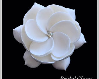 Bridal Fascinator, Bridal Hair Fascinator, Gardenia Fascinator, Wedding Headpiece, Bridal Hair Accessory, Wedding Hair Fascinator, Gardenia