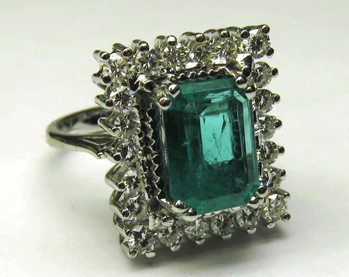 Diamond 18K White Gold Emerald Ring