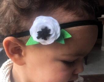 White Anemone Flower // Black Skinny Headband