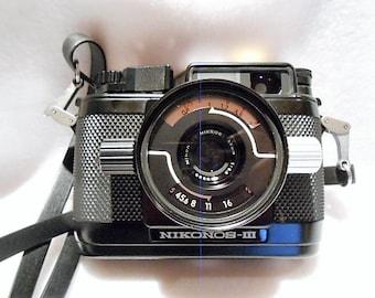 Nikon's Nikonos III Classic Underwater Camera Designed Jacques Cousteau, c. 1970