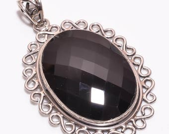Stunning 925 Silver Pendent with Black Onyx Gemstone , Black Onyx Gemstone Silver Pendent Length 2 Inches