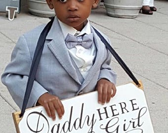 Daddy Here Comes Our Girl Wedding Sign, Here Comes the Bride Sign, Here Comes Your Bride Sign, Here Comes Mommy Personalized Wedding Signs