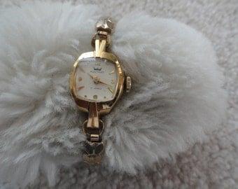 Swiss Made Westport 17 Jewels Vintage Ladies Wind Up Watch