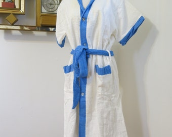 Vintage 1960 Terry Bathrobe NOS size M