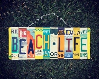 BEACH LIFE Sign. Beach Sign. Beach Decor. Gift for Beach house. Beach License Plate Sign. Nautical Decor.