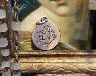 Reliquary Locket S.Joannis Ap. Ve. with Vatican Seal