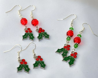 Christmas earrings, holiday earrings, holly earrings, gift for her, earrings, fun festive holiday earrings, beaded earrings, dangle earrings