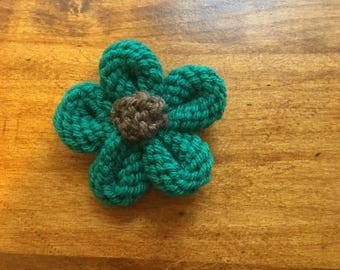 Teal Pin, Flower Pin, Teal Flower Jewelry, Flower Jewelry, Teal Yarn Pin, Yarn Jewelry, Wool Jewelry, Accessory