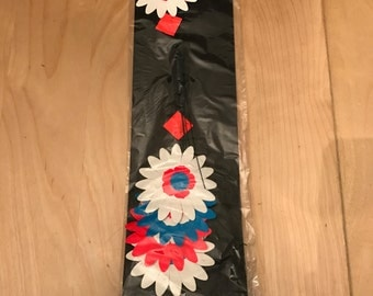 vintage  groovy fluorescent paper flowers  hippie style NOS  USA