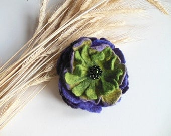 Pink felted flower brooch,felt brooch,felt brooch flower, felt pin, poppy hand felted brooch violet poppy, wet felt flowers