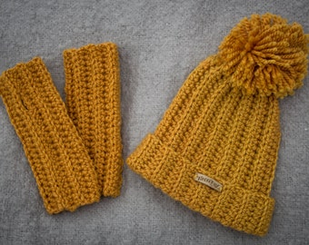 Pattern Set: Shawna Wristers and Hat