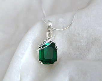 Emerald Quartz Wire Wrapped Pendant in Sterling Silver