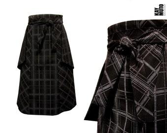 Highwaist checked black and white skirt pockets inside out
