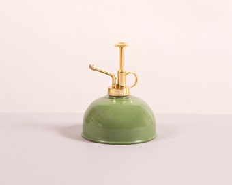 Metallic Sprayer green