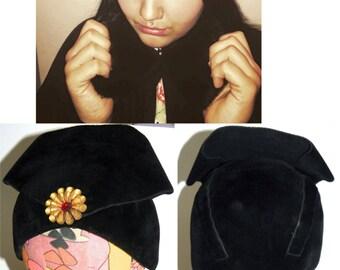 1940s Evelyn Varon Hat / Black Silk Velvet / high front / chic / LUXE / mid century / Czechoslovakia / size 22.5
