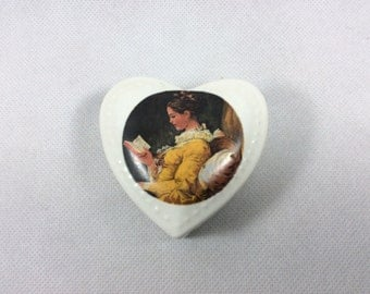 Vintage trinket box heart shaped A Young Girl Reading by Fragonard beautiful painting Rococo Valentine jewellery jewelry ring box 0050