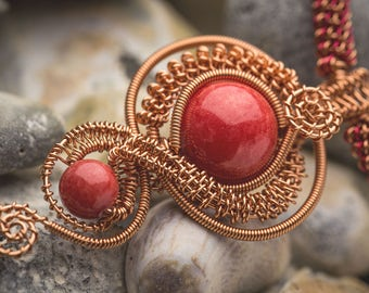 Coral Wire Weave Necklace