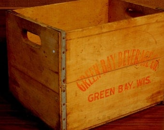 Vintage Greenbay Beverage Co. Crate, circa 1940's-1950's soda crate, antique beverage crate, vintage soda crate, collectible soda crate