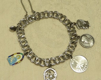 Nice vintage retro sterling silver traditional double link charm bracelet with 6 charms