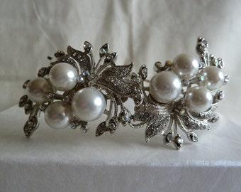 Vintage silver metal diamante, marcasite and large ivory pearl wedding tiara. Wedding tiara. Vintage style tiara. Marcasite tiara. Bridal