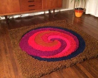 Mid century modern shag rug carpet Infinity by Cabin Craft