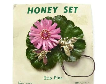 ON SALE Vintage Little NEMO Flower & Bees Brooch Pink Plastic New Old Stock 30s 40s Honey Set Bumblebee Scatter Pins Broach Pin Jewelry Gift